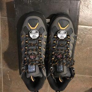 skechers waterproof steel toe boots